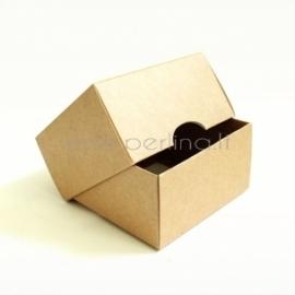 Kartoninė kvadratinė dėžutė, 9x9x5 cm