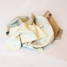 Natūralios drabužinės odos atraižos, balta-kreminė sp., 150 g.
